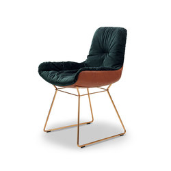 Leya | Armchair Low with wire frame | Sillas | FREIFRAU MANUFAKTUR