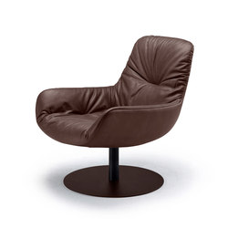 Leya | Lounge Chair with central leg | Sillones | FREIFRAU MANUFAKTUR