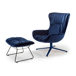 Leya | Wingback Chair with x-base frame & Ottoman | Poltrone | FREIFRAU MANUFAKTUR