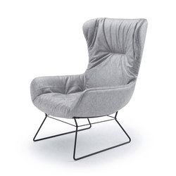 Leya | Wingback Chair with wire frame | Poltrone | FREIFRAU MANUFAKTUR