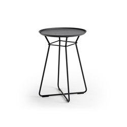 Leya | Coffee Table Small | Side tables | Freifrau Sitzmöbelmanufaktur