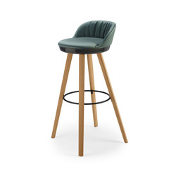 Romy | Barstool with wooden frame | Bar stools | FREIFRAU MANUFAKTUR