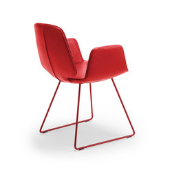 Tilda | Armchair with skid frame | Sillas | Freifrau Sitzmöbelmanufaktur