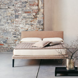 Ebridi Tessile | Beds | CASAMANIA-HORM.IT