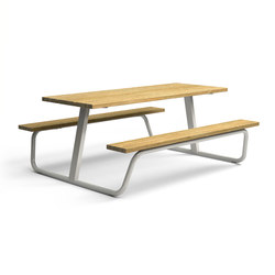 Berg_Picnic table | Tables and benches | Vestre