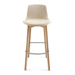 Lottus Wood Stool | Taburetes de bar | ENEA