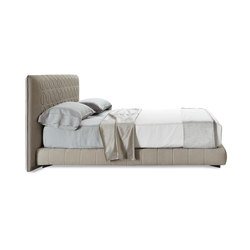 Curtis | Double beds | Minotti