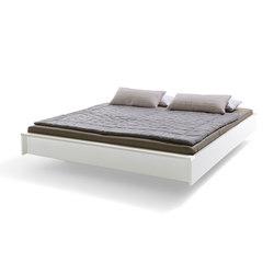 Flai Bed lacquered light grey | Beds | Müller Möbelwerkstätten