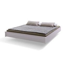 Flai Bed lacquered white aluminum | Beds | Müller Möbelwerkstätten