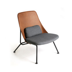 Strain easy chair cognac leather | Poltrone | Prostoria