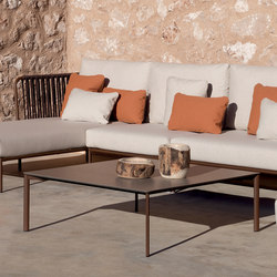 Bare Square coffee table | Tavolini bassi | Expormim