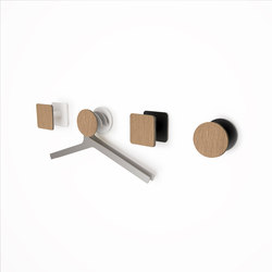 Point Matte Oak Finish | Single hooks | Systemtronic