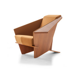 607 Taliesin 1 | Armchairs | Cassina