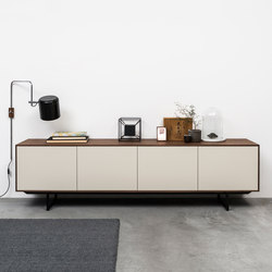 Noon Joost Selection 2018 | Sideboards | Pastoe