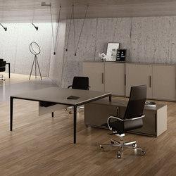 Alplus | Desks | FREZZA