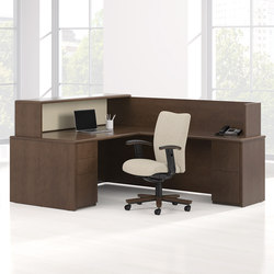 Arrowood Desk | Mostradores | National Office Furniture
