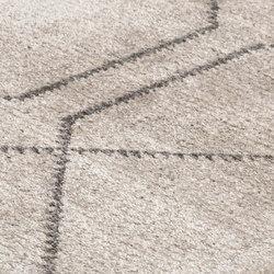 Minimal Maroque pres. Desert Rose sand & rhino | Alfombras / Alfombras de diseño | kymo