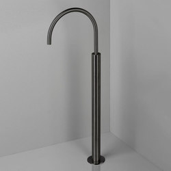 PB34 | Floor mounted bath spout | Bath taps | COCOON