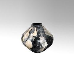 Bjarne | Vases | Lambert