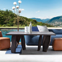 10th Joint Lounge Table | Beistelltische | Exteta
