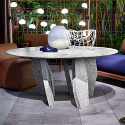 10th Oblique Round Table | Dining tables | Exteta