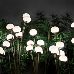 10th Mazzo Di Fiori Floor Light | Outdoor free-standing lights | Exteta