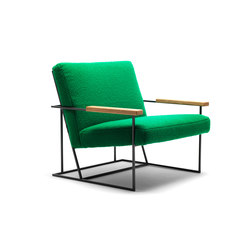 Gotham armchair with oak armrests | Sillones | Eponimo