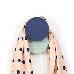 Coat hook Lou, navy blue and pastel green | Ganchos simples | Hartô