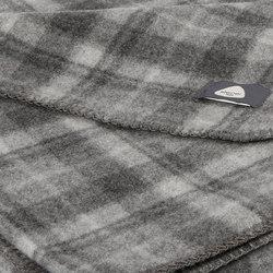 Susy Blanket graphit   Plaids   Steiner1888