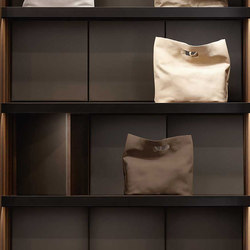 Bags Showcase | Storage boxes | Former