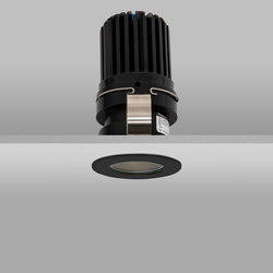 Waterspring 50+ Black Medium 2700K | Plafonniers encastrés | John Cullen Lighting