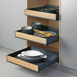 Extendo pull-out shelf | Kitchen organization | peka-system