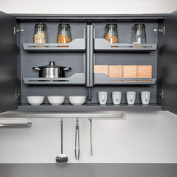 Pegasus Shelf Lift | Kitchen organization | peka-system
