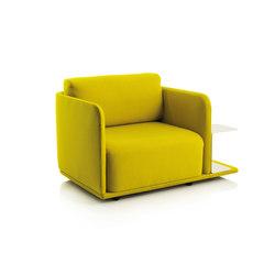 Molis Sessel mit Ablage | Armchairs | conmoto