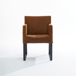 Fellini | Chaises | Label van den Berg