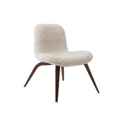 Goose Lounge Chair, Dark Stained / Sheepskin: Off White | Sillones | NORR11