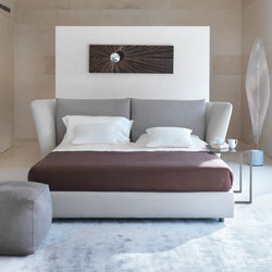 Volo Bed | Beds | Gyform