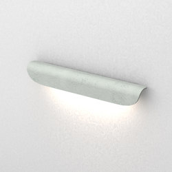Liv linear L | Outdoor wall lights | Dexter