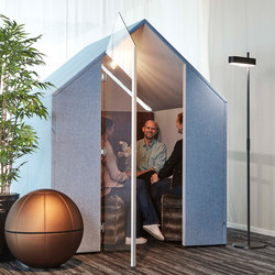 The Hut with Front Screen And Door | Office Pods | Götessons