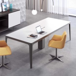 Grand More | Executive Desk | Contract tables | Estel Group