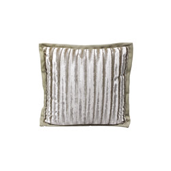 Beneath | Cushions | Longhi S.p.a.