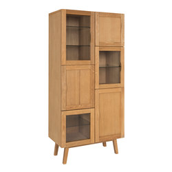 Rainbow vitrine oak oiled | Display cabinets | Hans K
