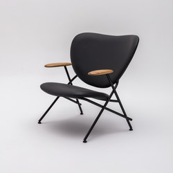 Calder Armchair with wooden armrests | Fauteuils | Comforty