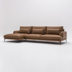 Classic in leather | Sofas | Comforty