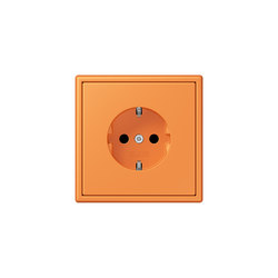 LS 990 in Les Couleurs® Le Corbusier socket 32081 orange clair | Enchufes Schuko | JUNG
