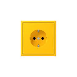 LS 990 in Les Couleurs® Le Corbusier | socket 4320W le jaune vif | Prises Schuko | JUNG