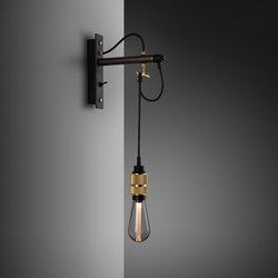 Hooked wall | nude | Graphite | Brass | Lámparas de pared | Buster + Punch