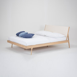 Fawn bed | 180x200 | webbing | Bedframes | Gazzda