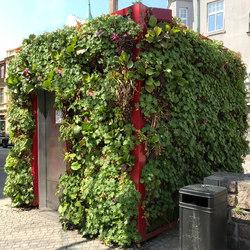 Outdoor Vertical Garden | Public Toilet Helsingborg | Fassadenbegrünung | Greenworks