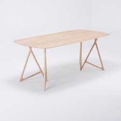 Koza table | 200x90 | oak | Dining tables | Gazzda